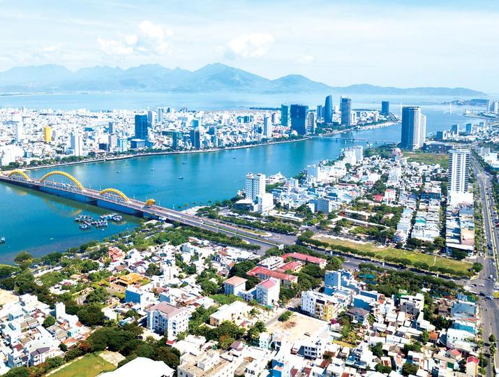 thành phố Đà Nẵng hai bên sông Hàn