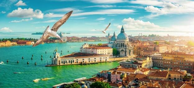 thành phố biển có nhiều công trình nhà ở