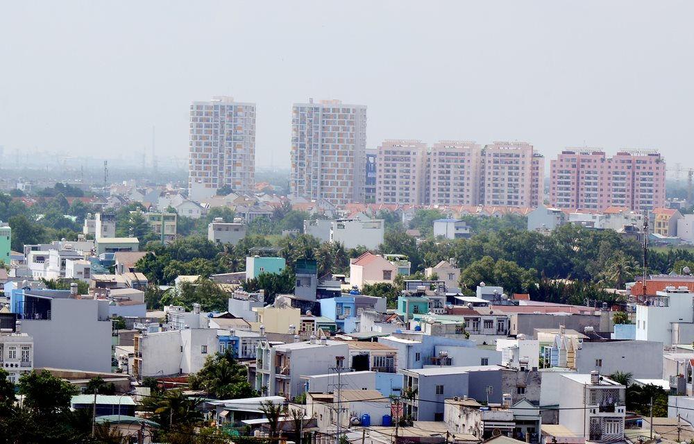 nhiều nhà ở trong thành phố