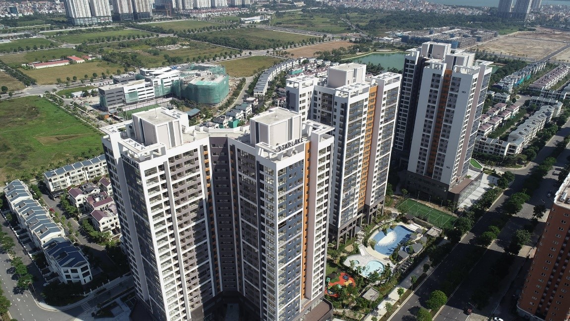 nhiều toà nhà cao tầng nhìn từ trên cao