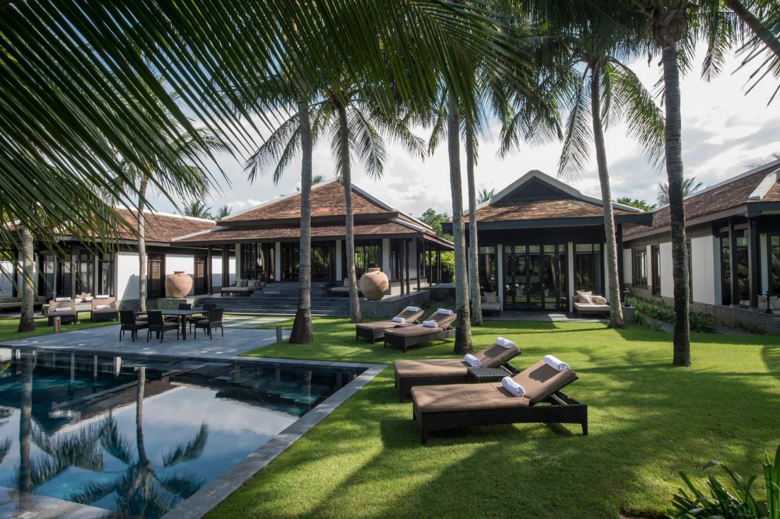 Resort cao cấp luôn mang tới những dịch vụ chất lượng nhất tới du khách