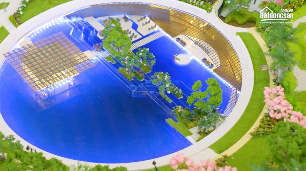 Câu lạc bộ triệu phú dưới lòng hồ bơi ở Swan Park