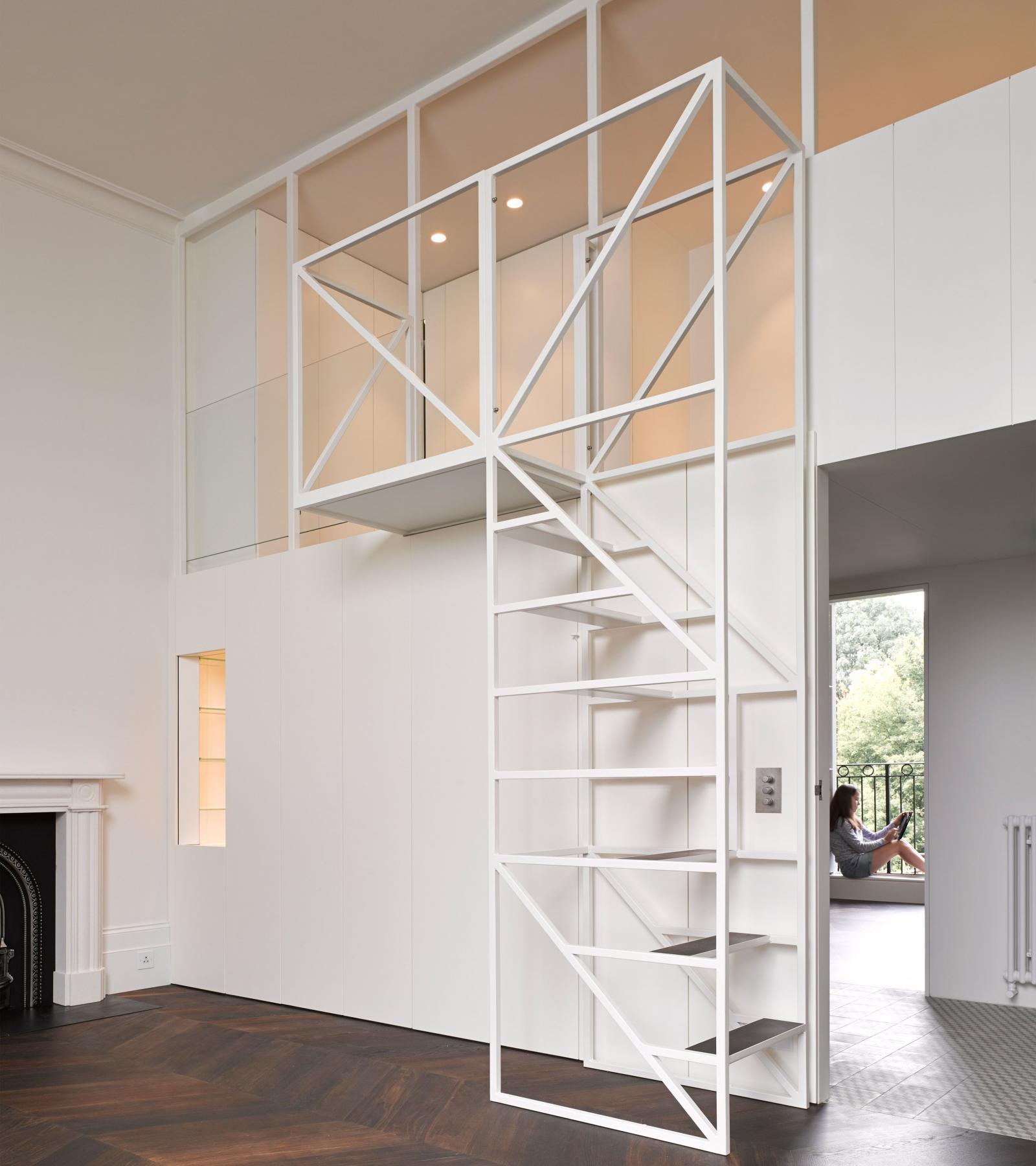 Một mẫu cầu thang gác lửng giá rẻ