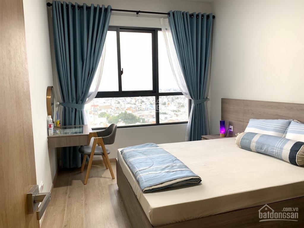 Chính chủ bán căn hộ 63m2, 2PN - 1WC, tầng cao view thoáng nhà đầy đủ nội thất đẹp mới, tốt, ở ngay