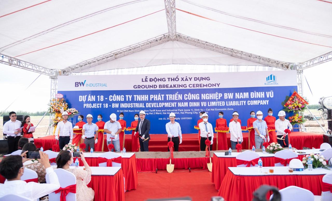 Lễ động thổ khởi công Dự án nhà xưởng xây sẵn tại KCN Nam Đình Vũ