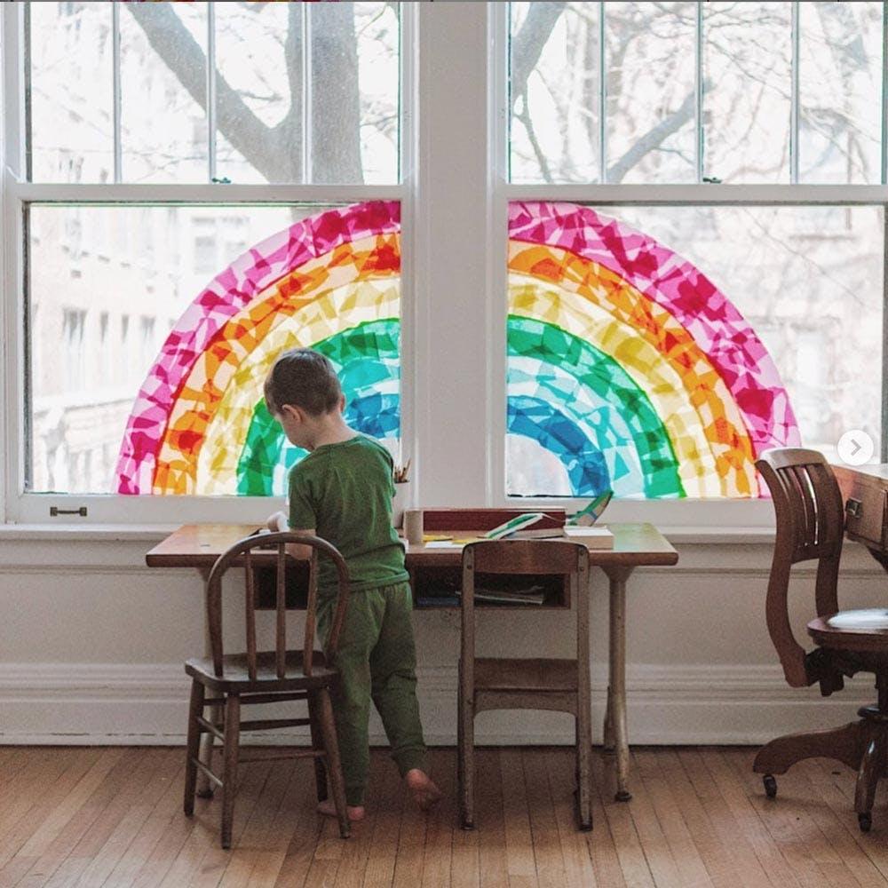 Trang trí cửa sổ bằng sơn