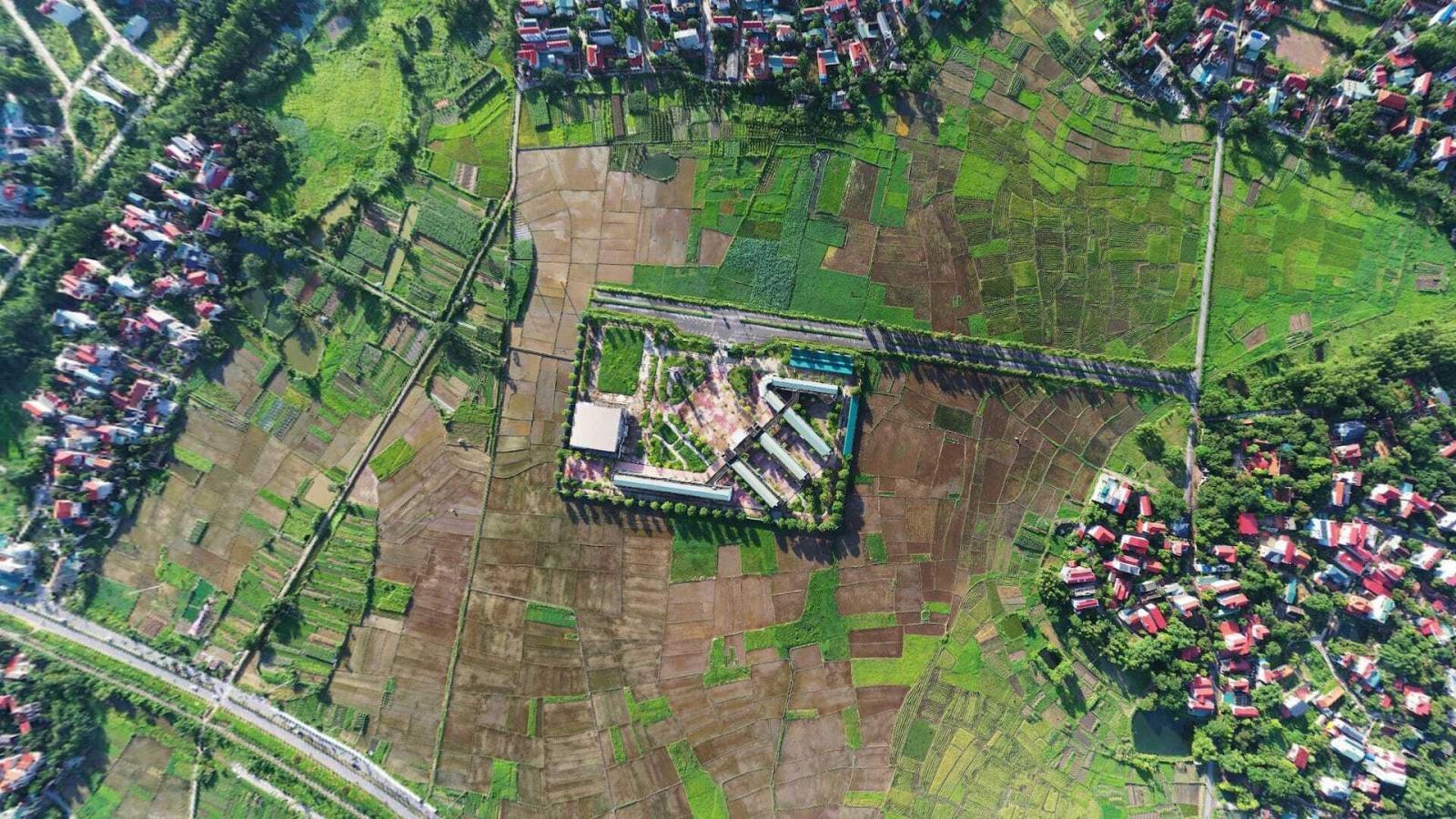 Khu đất triển khai dự án khu đô thị Định Trung nhìn từ trên cao.
