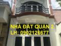 Bán nhà 1 trệt, 1 lầu, giá 2,5 tỷ, đường Nguyễn Thị Định rẽ vào, quận 2. LH: 0902126677