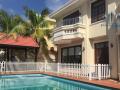 Bán villa khu compound tại Thảo Điền Quận 2 vị trí đẹp 2 mặt tiền, giá cực tốt, thuận tiện làm CHDV