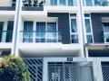 Bán nhà phố mới xây LK Phú Mỹ Hưng, Quận 7, 108m2 nhà rất đẹp, giá 8.2 tỷ, LH ngay 0901.424.068