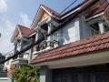 Chính chủ cho thuê biệt thự MT đường số 14 Chu Văn An, P. 26, Q. Bình Thạnh DT: 10 x 20m