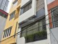 Cho thuê nhà ngõ 100 Hoàng Quốc Việt. Diện tích 55m2, 5 tầng, ô tô đỗ cửa
