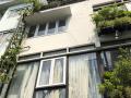 Xuất cảnh bán nhà biệt thự đường Thành Thái, P. 14, Quận 10, DT: 8x18m, 3 lầu, LH: 0938 445 443