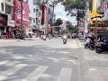 Bán mặt tiền Hùng Vương, phường 9, quận 5. DT: 5m x 38m, 1 trệt, 4 lầu, giá: 26.5 tỷ