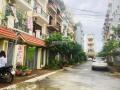 Nhà tôi có 1 căn liền kề tại dự án Lộc Ninh, Chúc Sơn, Chương Mỹ, chuyển công tác nên cần bán lại