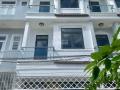 Bán gấp nhà khu VIP, HXH 8m, DT: 4.25m x 12m, 2 lầu, 4 phòng ngủ, sân thượng, phòng thờ. Giá 4,2 tỷ