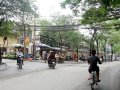 Bán nhà mặt phố Chùa Láng 81.5m2, 5T, 25 tỷ, lô góc 2 mặt thoáng, KD sầm uất ngày đêm