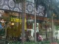 Cho thuê shophouse căn góc 2 mặt tiền đường lớn tại Vinhomes Central Park quận Bình Thạnh