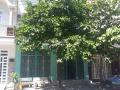Cho thuê nhà 1 lầu, 5 phòng ngủ, sân xe hơi tại Phú Hòa thuận tiện ở hoặc làm VP công ty. Giá 13tr