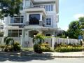 Cho thuê gấp biệt thự Mỹ Thái, nhà đẹp đầy đủ nội thất, đối diện công viên, giá rẻ. LH 0915428811