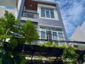 Cần bán nhà 3 tầng đẹp xinh xinh đường ô tô Thi Sách