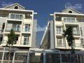 Bán nhà phố căn góc khu compound JGS Q7, hướng Nam giá chỉ 8.4 tỷ,rẻ nhất thị trường.PKD 0933492707