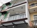 Nhà 3 lầu sân thượng đường 6m TT Nhà Bè giá 4,25 tỷ, 0966877822