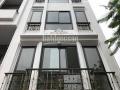 Cho thuê nhà mặt phố Phạm Văn Đồng. DT 150m2 x 4T, mt 14m siêu đẹp, làm văn phòng, showroom