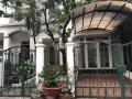 Cho thuê biệt thự phố vườn Phú Mỹ Hưng, Q7 DT 8x18m, giá 28 triệu/tháng. LH Mạnh 0909 297 271