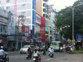 Bán gấp nhà MT đường Nguyễn Trãi, quận 5, DT 6.6x26m. LH 0946855647