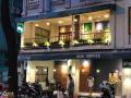 Sang nhượng cửa hàng mặt phố Phạm Ngọc Thạch bên lẻ, DT 30m2, MT 3.5m, giá 25tr. LH Hiếu 0974739378