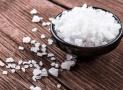 Phương pháp dùng muối để hóa giải năng lượng xấu trong nhà