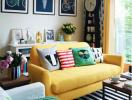Trang trí phòng khách sinh động với sofa màu sắc