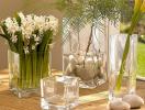 Những điều kiêng kỵ khi bày bình hoa trong phòng khách