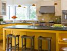 Lựa  chọn màu vàng cho phòng bếp thêm ấn tượng