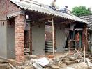 Có được vay vốn hỗ trợ xây nhà trên đất ở tại xã?