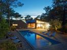 Khám phá ngôi nhà nghỉ dưỡng tiện nghi giữa rừng thông