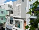 Nhà ống Sài Gòn đẹp với góc giếng trời bình yên
