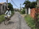 Nỗi thống khổ của người dân sống trong những khu đô thị 'treo'
