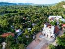 Ngắm kiến trúc cổ của nhà thờ lâu đời nhất Việt Nam