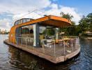 Ghé thăm ngôi nhà thuyền xinh xắn khiến nhiều người ao ước