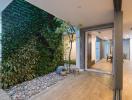 Ngôi nhà Hà Nội đẹp hiện đại với khu vườn thẳng đứng cao 2 tầng