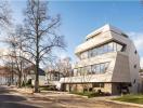 Thiết kế biệt thự lạ mắt nổi bật giữa khu phố Berlin