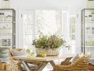 Cặp vợ chồng trẻ cải tạo ngôi nhà cũ kỹ thành không gian sống tuyệt đẹp
