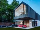 Ngôi nhà dành một nửa diện tích để trưng bày bộ sưu tập ôtô