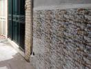 Có nên chống thấm bằng cách sử dụng gạch ốp tường?