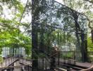 """Độc đáo khu nhà ốp gương """"tàng hình"""" giữa vườn cây"""