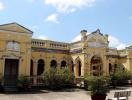 Vẻ đẹp vượt thời gian của ngôi nhà xây năm 1860 tại Tiền Giang