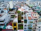 Ngôi nhà ống như resort nằm giữa dãy nhà phố ở Nha Trang
