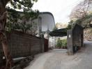 Ngôi nhà Nhật với mái vòm uyển chuyển trên nền cột vững chắc